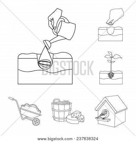 Farm And Agriculture Outline Icons In Set Collection For Design. Garden And Plants Isometric Vector