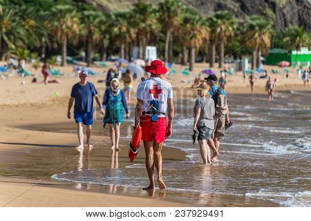 Santa Cruz De Tenerife, Canary Islands, Spain - Desember 11, 2016: Lifeguard On The Famous Las Teres