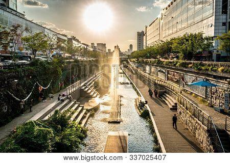 Seoul Korea , 23 September 2019 : Cheonggyecheon Stream Walk At Sunset Top View With Dramatic Light