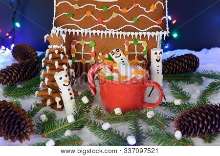 The Hand-made Eatable Gingerbread House, Marshmallow Snowman, Snow Decoration, Garland Snow And Back