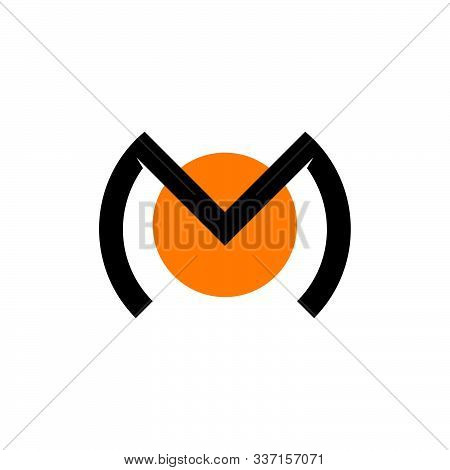 Letter Mo Circle Design Logo Vector Unique Unusual Concept Design