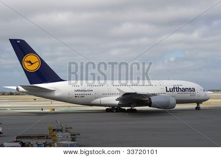 SAN FRANCISCO, CA - MAY 26: A Lufthansa Airbus A380, the world's largest passenger jet, taxis in San Francisco, CA on May 26, 2012. The A380 has recently experienced cracks in its wings.