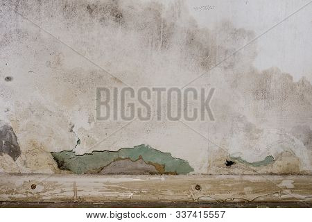 Flooding rainwater or floor heating systems, causing damage, peeling paint and mildew. - image poster