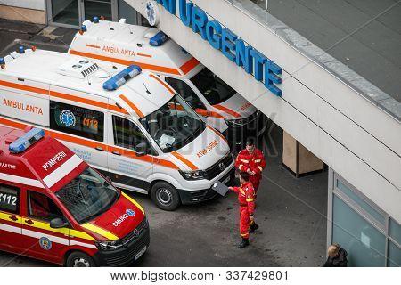Bucharest, Romania - December 03, 2019: Ambulances, Medics And Nurses On The Entrance Of The Emergen