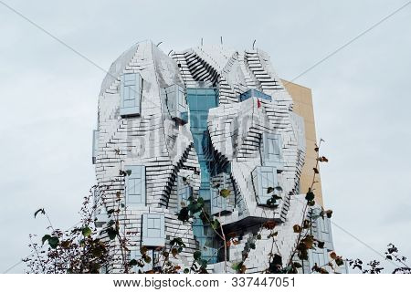 Twisting Tower In Reflective Aluminium Panels Designed By Architect Frank Gehry For Luma Arles Cultu