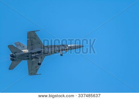Cadiz, Spain-sep 14: Aircraft F-18 Hornet Taking Part In An Exhibition On The 1st Airshow Of Cadiz O