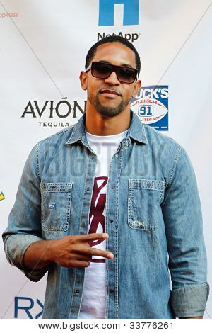 NEW YORK-MAY 31: New York Giants cornerback Terrell Thomas attends the 4th annual Tuck�s Celebrity Billiards Tournament on May 31, 2012 in New York City.