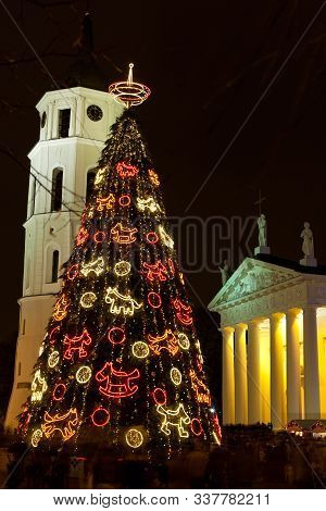 Vilnius, Lithuania - December 28, 2013: Night View Of The Ornate Christmas Tree, The Main Christmas