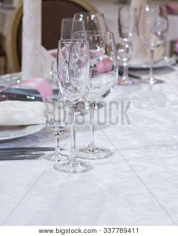 Wedding Table Decorations Set - Bocals And Plates