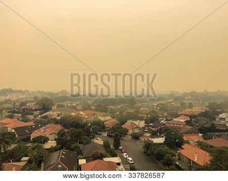 Sydney, Australia. 2019-12-04 Australian Bushfire: Smoke From Bushfires Covers The Sky And Glowing S