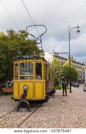 Vyborg, Leningrad Oblast, Russia - September 12, 2018: Tram Cafe On Bankovskiy Proyezd On The Backgr