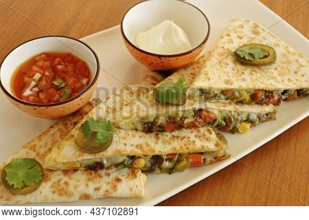 Mexican Food Quesadilla, Spicy Cooked Chicken And Vegetable Stuffed In Tortilla Bread With Cheese, G
