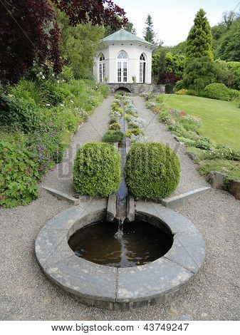 Summerhouse Garden