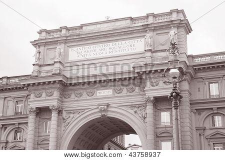 Arch In Piazza Della Republica Square, Florence