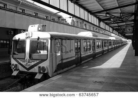 Haydarpasa Train Station Passenger Bay