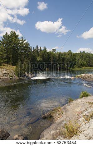 Serpant River