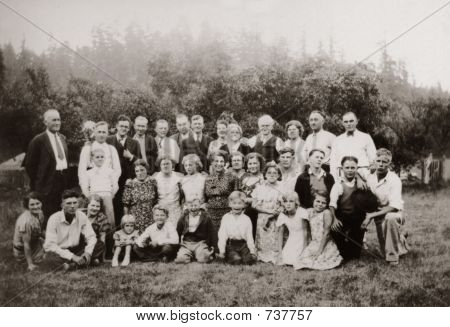 Vintage Family Group 1934