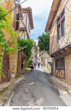 Tourists Visiting Saint-cirq-lapopie In France