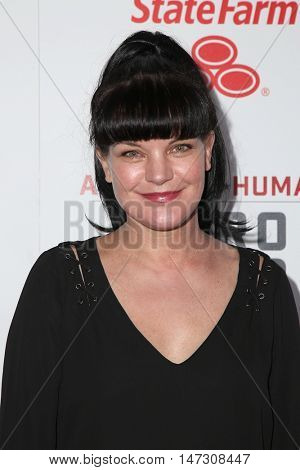 LOS ANGELES - SEP 10:  Pauley Perrette at the 2016 American Humane Hero Dog Awards at the Beverly Hilton Hotel on September 10, 2016 in Beverly Hills, CA