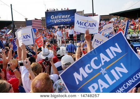 O'FALLON - AUGUST 31: Senator McCain, wife Cindy and entourage make appearance at a rally in O'Fallon near St. Louis, MO on August 31, 2008