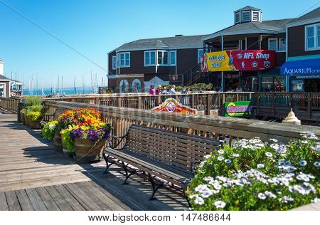 San Francisco USA - September 21 2015: Actractions shops and restaurants in the Pier 39.