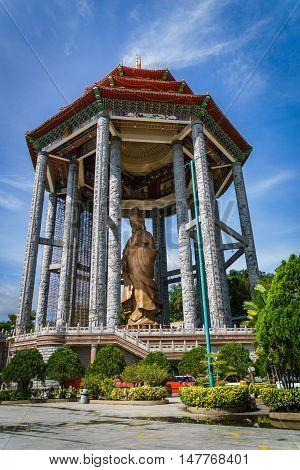 Guanyin statue at kek lok si temple, penang, malaysia.