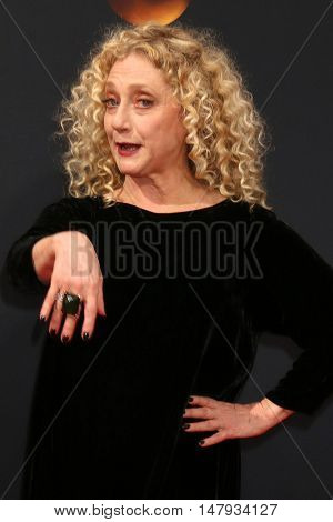LOS ANGELES - SEP 18:  Carol Kane at the 2016 Primetime Emmy Awards - Arrivals at the Microsoft Theater on September 18, 2016 in Los Angeles, CA