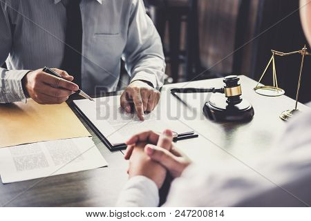 Customer Service Good Cooperation, Consultation Between A Businessman And Male Lawyer Or Judge Consu