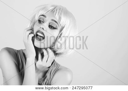 Beauty Fashion Model Girl. Fashion Look. Fashion Model With Naked Body And Red Lips. Girl With Brigh