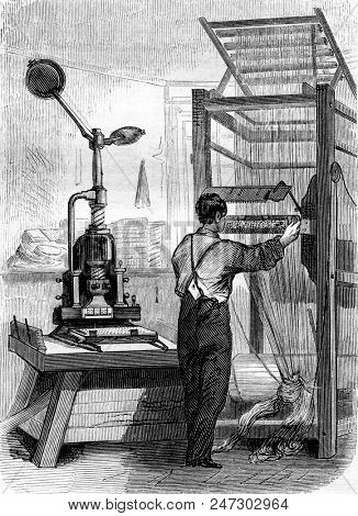 Stitching, vintage engraved illustration. Magasin Pittoresque 1855.