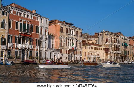 Venice, Italy - 07 May 2018: Scenic Architecture Along The Grand Canal In San Marco District Of Veni