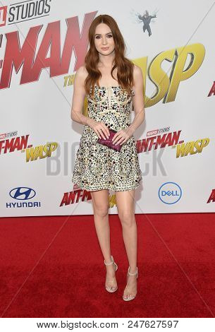 LOS ANGELES - JUN 25:  Karen Gillan arrives to the 'Ant-Man and The Wasp' World Premiere  on June 25, 2018 in Hollywood, CA