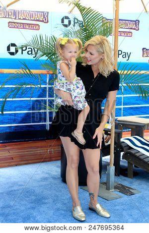 LOS ANGELES - JUN 30:  Kimberly Caldwell Harvey, Harlow Harvey at the