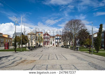 Povoa De Varzim, Portugal, April 2013 : Praça Do Almada In The Center Of The City Of Povoa De Varzim