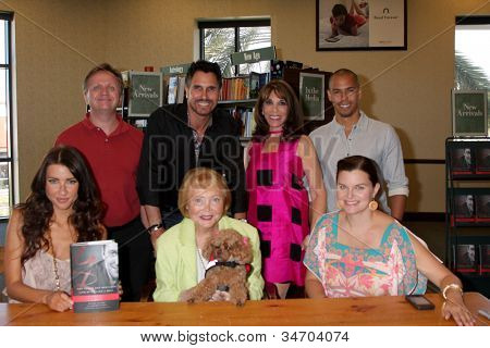 LOS ANGELES - JUL 8:  Maloney, Diamont, Linder,, James, Wood, Lee P Bell, Joy (the dog), Heather Tom at the William J. Bell Biography Booksigning at Barnes and Noble on July 8, 2012 in Costa Mesa, CA