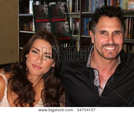 LOS ANGELES - JUL 8:  Jacqueline MacInnes Wood, Don Diamont at the William J. Bell Biography Booksigning at Barnes and Noble on July 8, 2012 in Costa Mesa, CA