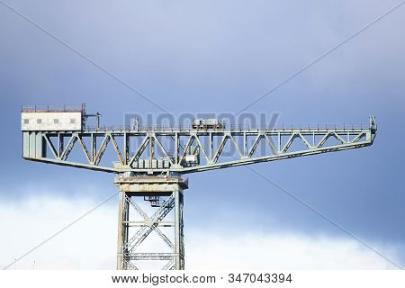 Cantilever Lifting Vintage Crane For Shipbuilding In Greenock Near Glasgow And Freight Container Tra