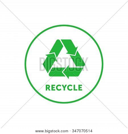 Recycling Simple Green Round Sticker With Mobius Strip, Band Or Loop. Design Element For Packaging D