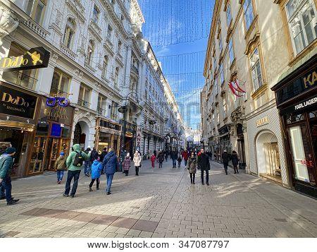 Vienna, Austria - January 12, 2019: Kohlmarkt Is A Popular Historic Shopping Street Between Michaele