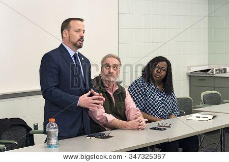Inver Grove Heights, Mn/usa -january 26, 2020: Minnesota State Senator Matt Klein Addresses Citizens