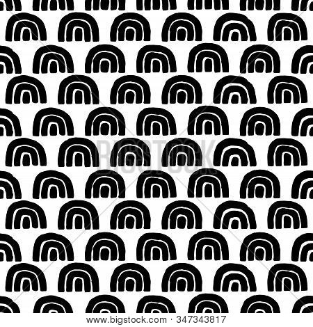 Cute Seamless Black And White Pattern. Doodle Style Wavy Print. Simple Ornament For Textiles, Wrappe
