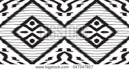Black Drawn Shibori Vector Seamless Pattern. Rustic Batik Aztec Design. Navajo Graphic Ornament. Bla