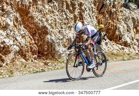 Col Du Serre De Tourre,france - July 15,2016: German Cyclist Simon Geschke Of Giant-alpecin Team Rid