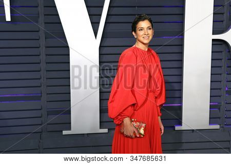BEVERLY HILLS - FEB 24: Radhika Jones at the 2019 Vanity Fair Oscar Party at The Wallis Annenberg Center for the Performing Arts on February 24, 2019 in Beverly Hills, CA