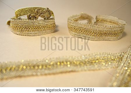 Luxury Golden Glow Hand Made Decorations Skin And Beige Color Concept Fashion Production Jewellry. H