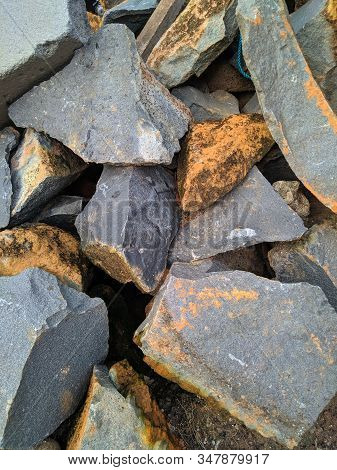 Stone Wall Texture Photo, Stone Background , Stone Floor Texture, White Stone Floor In The Garden, W