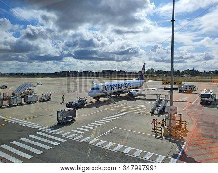 Carleroi, Belgium - September 05, 2019: Airplane On Airport, Picture Taken Through Airport Window