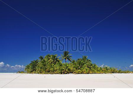 Aitutaki Deserted Island