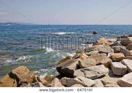 Rocky St-tropez Shoreline