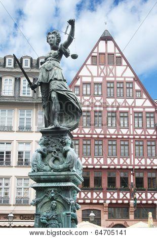 Romer Square